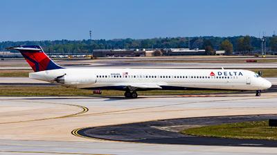 N956DL - McDonnell Douglas MD-88 - Delta Air Lines