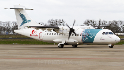 OY-CHT - ATR 42-300 - Air Croatia (FlyDenim)