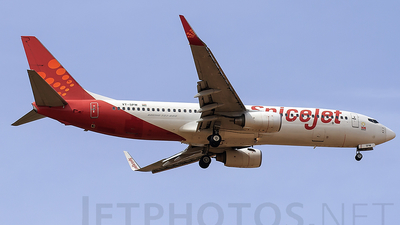 VT-SPW - Boeing 737-86N - SpiceJet