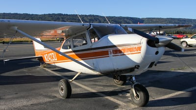 N2423U - Cessna 172D Skyhawk - Private