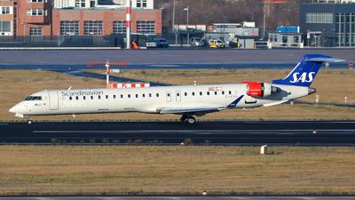 A picture of EIFPV - Mitsubishi CRJ900LR - SAS - © Lars Rohde