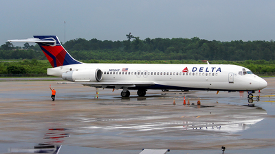 A picture of N920AT - Boeing 717231 - Delta Air Lines - © Huy Do