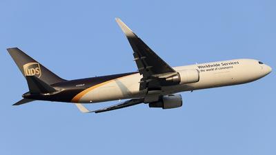 N359UP - Boeing 767-34AF(ER) - United Parcel Service (UPS)