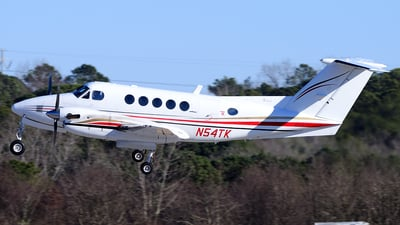 A picture of N54TK - Beech 200 Super King Air - [BB686] - © Agustin Anaya