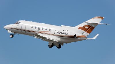 N950MJ - Raytheon Hawker 900XP - Private
