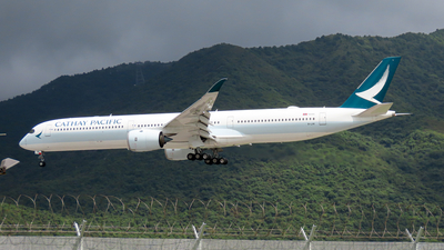 A picture of BLXK - Airbus A3501041 - Cathay Pacific - © Jayden Fu