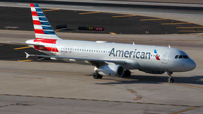 N647AW - Airbus A320-232 - American Airlines