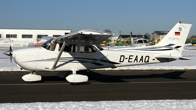 A picture of DEAAQ -  - [] - © Daniel Schwinn