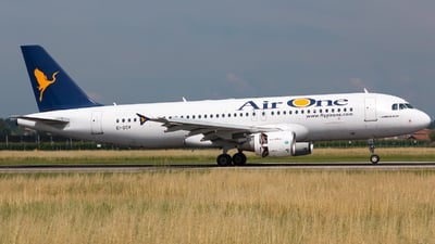 EI-DSV - Airbus A320-216 - Air One