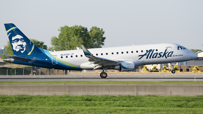 N625QX - Embraer 170-200LR - Alaska Airlines (Horizon Air)