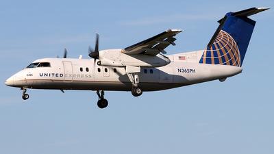 A picture of N365PH - De Havilland Canada Dash 8200 - [526] - © Joe Osciak