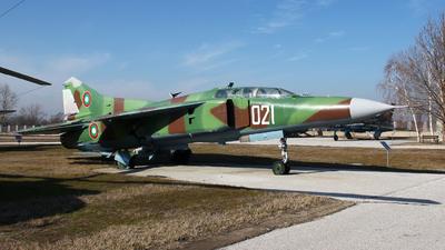 021 - Mikoyan-Gurevich MiG-23U Flogger C - Bulgaria - Air Force