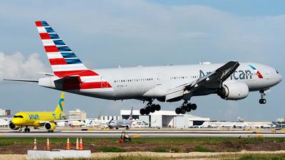 N777AN - Boeing 777-223(ER) - American Airlines
