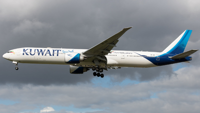 A picture of 9KAOI - Boeing 777369(ER) - Kuwait Airways - © David W. Wilson