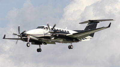 N512ME - Beechcraft 300 Super King Air - Private