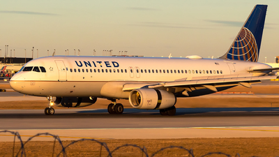 N466UA - Airbus A320-232 - United Airlines