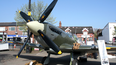 EN398 - Supermarine Spitfire - United Kingdom - Royal Air Force (RAF)
