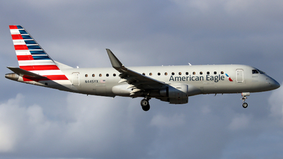 A picture of N445YX - Embraer E175LR - American Airlines - © Xiamen Air 849 Heavy