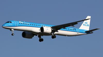 PH-NXC - Embraer 190-400STD - KLM Cityhopper