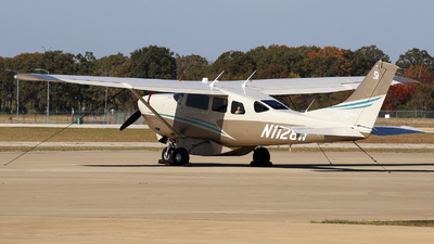 A picture of N1128W - Cessna T206H Turbo Stationair - [T20609512] - © Roger M