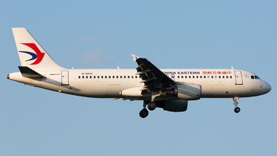 A picture of B6870 - Airbus A320214 - China Eastern Airlines - © TommyNGB