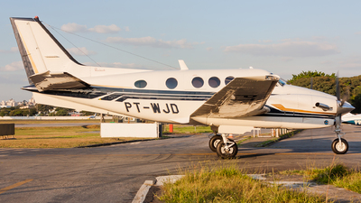 PT-WJD - Beechcraft C90B King Air - Private