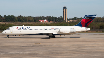 A picture of N995AT - Boeing 7172BD - Delta Air Lines - © Devin | Charleston Spotter