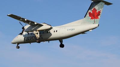 A picture of CFGRY - De Havilland Canada Dash 8100 - Voyageur Airways - © Guy Langlois