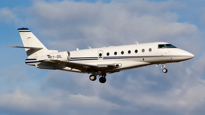 T7-OIL - Gulfstream G200 - Private