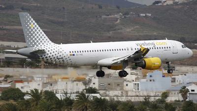 EC-HQL - Airbus A320-214 - Vueling