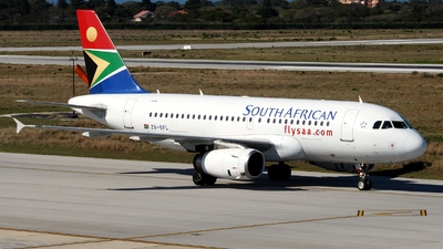 ZS-SFL - Airbus A319-131 - South African Airways