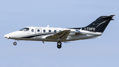 I-TOPD - Beechcraft 400A Beechjet - Private