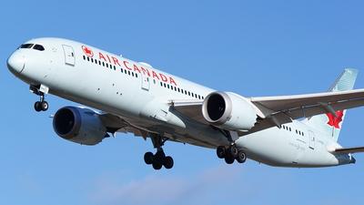 A picture of CFRSE - Boeing 7879 Dreamliner - Air Canada - © Yari Strban
