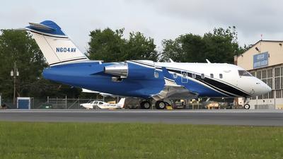 N604AV - Bombardier CL-600-2B16 Challenger 604 - Private