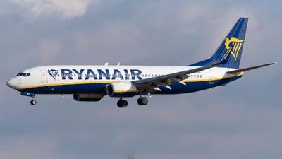 A picture of SPRKE - Boeing 7378AS - Ryanair - © DesertWolf
