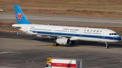 A picture of B6356 - Airbus A321231 - China Southern Airlines - © YueYiFeiMa-YYFM