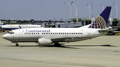 N14655 - Boeing 737-524 - Continental Airlines