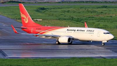 B-6493 - Boeing 737-8LY - Kunming Airlines