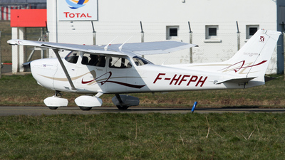 F-HFPH - Cessna 172S Skyhawk SP - Private
