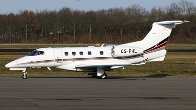 A picture of CSPHL - Embraer Phenom 300 - NetJets - © BaszB