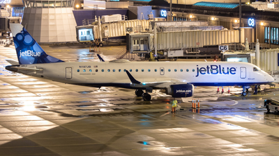 A picture of N187JB - Embraer E190AR - JetBlue Airways - © Davin Amy
