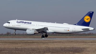 A picture of DAIPZ - Airbus A320211 - [0162] - © Robert Dumitrescu