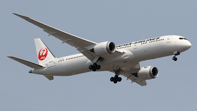JA882J - Boeing 787-9 Dreamliner - Japan Airlines (JAL)