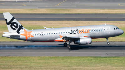 A picture of VHVGN - Airbus A320232 - Jetstar Airways - © Angus Fuller