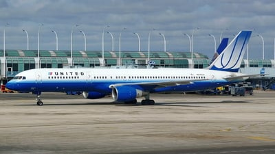 N598UA - Boeing 757-222 - United Airlines