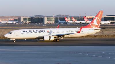 A picture of TCJYM - Boeing 7379F2(ER) - Turkish Airlines - © Ömür Sadikoglu