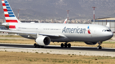 N270AY - Airbus A330-323 - American Airlines
