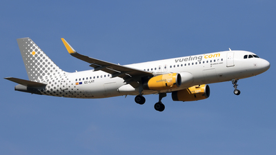 A picture of ECLVT - Airbus A320232 - Vueling - © Eddie Heisterkamp