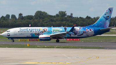 A picture of TCSNU - Boeing 7378HC - SunExpress - © RobertLN