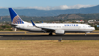 A picture of N77535 - Boeing 737824 - United Airlines - © Cristian Quijano